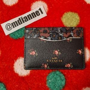 🆕 Coach Floral Card Case